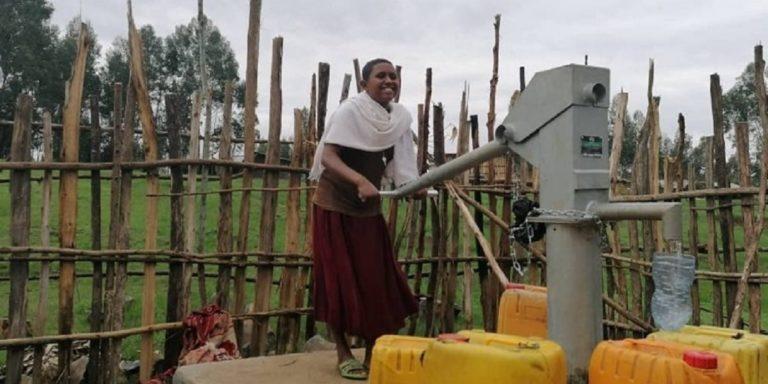 Un nouveau puits à Huruy